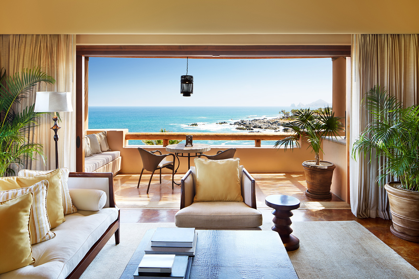 Suite at Esperanza Resort, Cabos  | Trinette+Chris Photographers