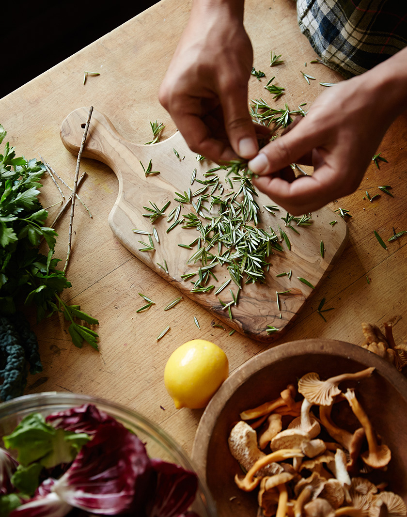 Rosemary for Kinfolk Magazine  | Trinette+Chris Photographers