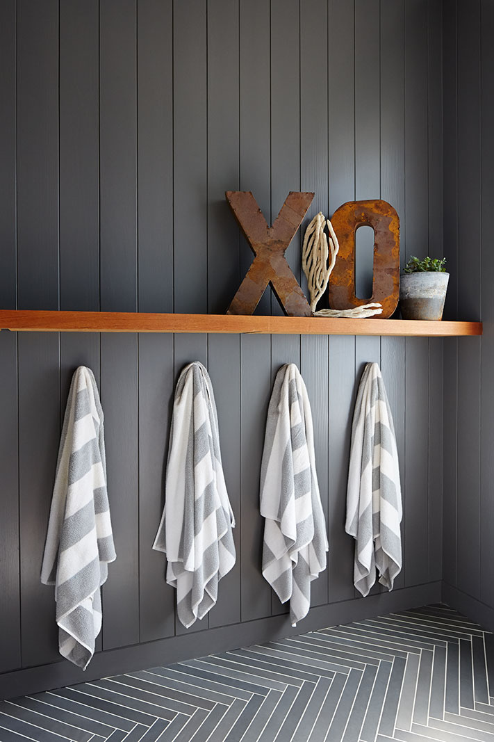Bathroom towels in Farmhouse  | Trinette+Chris Photographers