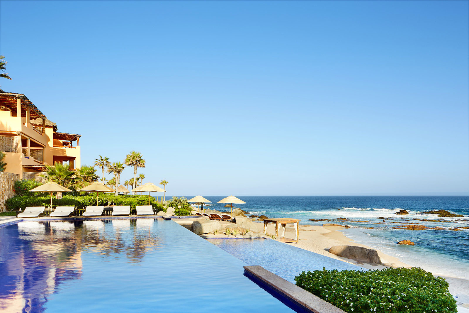 Pool at Esperanza Resort, Los Cabos  | Trinette+Chris Photographers